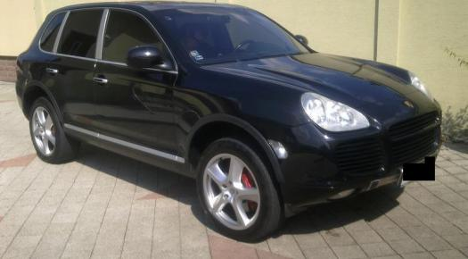 Porsche Cayenne TURBO 450 PS
